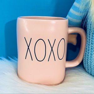 ⭐️ 2/25 Rae Dunn XOXO pink ceramic mug